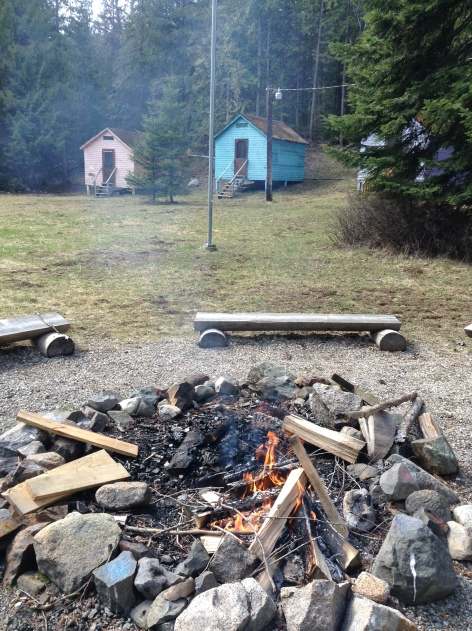 Brownie fire pit looking at a few of the cabins